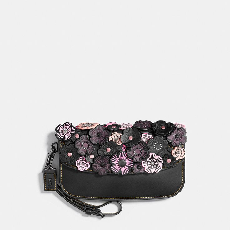Shop The COACH Small Clutch In Glovetanned Leather With Tea Rose. Enjoy Complimentary Shipping & Returns! Find Designer Bags, Wallets, Shoes & More At COACH.com!