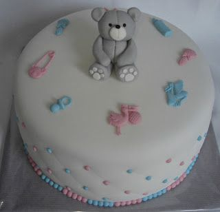 Alexandra's droomtaartjes: Gender reveal cake/ geslacht onthullings taart /gender reveal taart