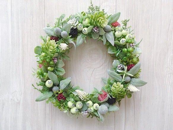 berry berry wreathe ベリーとオリーブのリース|フラワー・リース|Nico's flower|ハンドメイド通販・販売のCreema