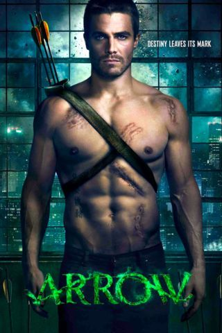 Arrow | Oliver shuts himself into his shell and struggles to make up for the actions he took in his teens. He also tries to reconnect with his former girlfriend, Laurel Lance (Katie Cassidy, Harper's Island, New Girl).
