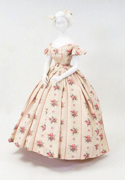 Circa 1860 floral gown via Bunka Gakuen Costume Museum