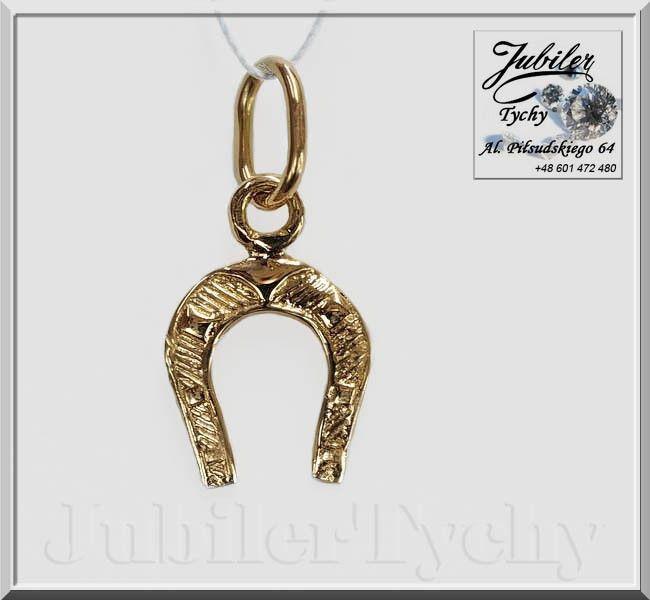 Złoty wisiorek - podkowa na szczęście 🐴 🏇 💎 🎁🦄 💥 ✔ #Złoty #wisiorek #podkowa na #szczęście #podkówka #Złoto #Au585 #złote #wisiorki #złota #biżuteria #podkowy #jubilertychy #Gold #horseshoe #jazda #konna #koń #konie #Jubiler #Tychy #Jeweller #Pracownia #Złotnicza w #Tychach #Tyski #Złotnik #Zaprasza #Promocje : ➡ www.jubilertychy.pl/promocje 💎