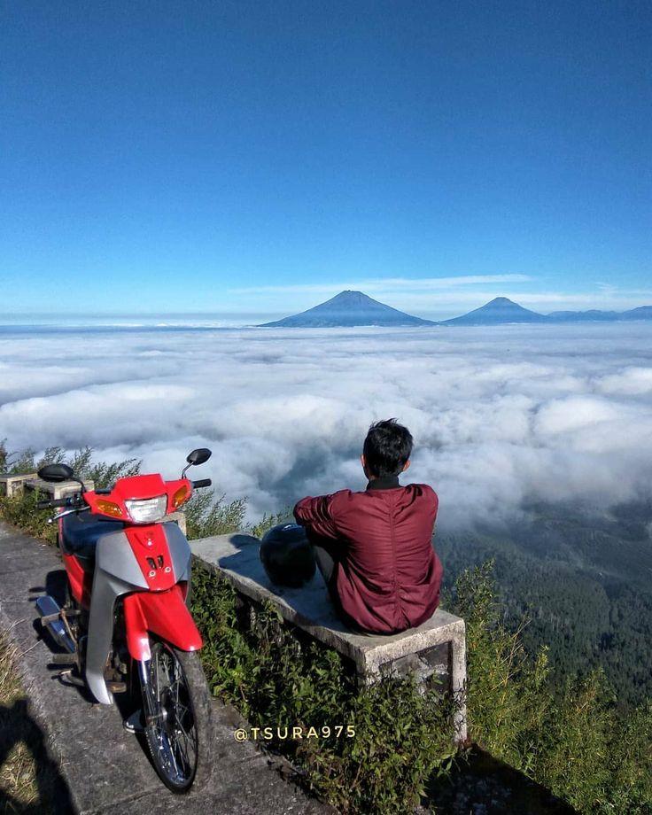 Teman sejati 😅 . LOCATION Gunung Telomoyo Magelang