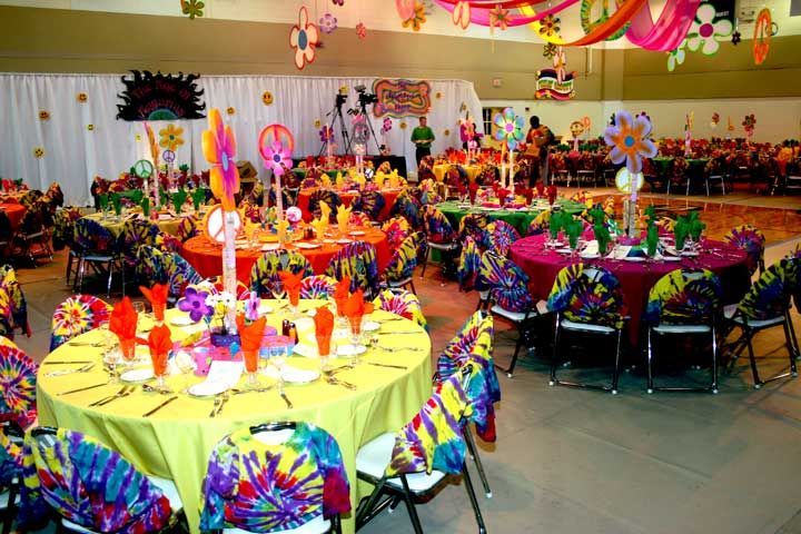 Colourful table decorations 60s party pinterest 70s for 70 s decoration ideas