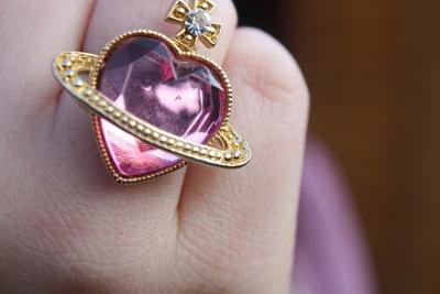ring | Tumblr: Sailor Moon, Sailors Moon Rings, Heart Rings, Vivienne Westwood, Jewellery Design, Fashion Rings, Viviennewestwood, Fashion Editorial, Amazing Jewelry