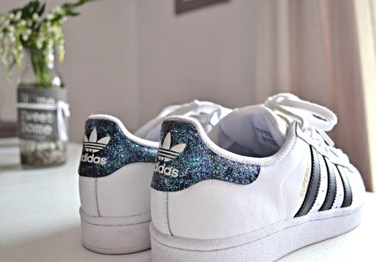 Votre rêve des chaussures Adidas superstar alors n'attendez plus et achetez les et n'oubliez pas de vous abonnez ☺:D