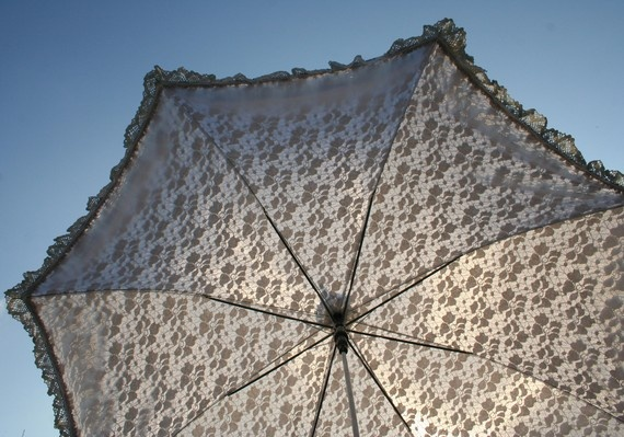 Cream neo-Victorian Parasol for your awesome steampunk wedding! Oh my goodness, I love it. $100.00Lace, 100 00, Post, 10000, Awesome Steampunk, Neo Victorian Parasol, Cream Neo Victorian, Cream Neovictorian, Neovictorian Parasol
