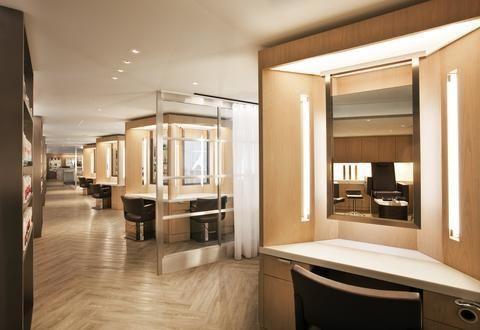 Hotel Deal Checker - Loews Regency Hotel