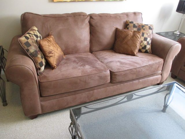 CONTEMPORARY COUCH SET Content sale from trendy Barrhaven home – 216 Serena Way, Ottawa ON. Sale will take place Saturday, April 18th 2015, from 9am to 2pm. Visit www.sellmystuffca... for full sale description and photos of all available items!
