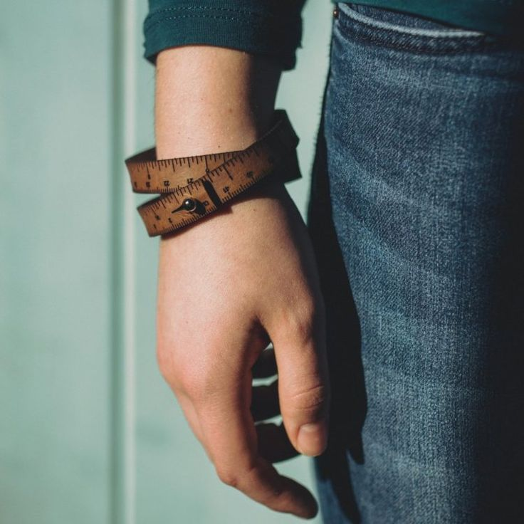 wrist-ruler-hand