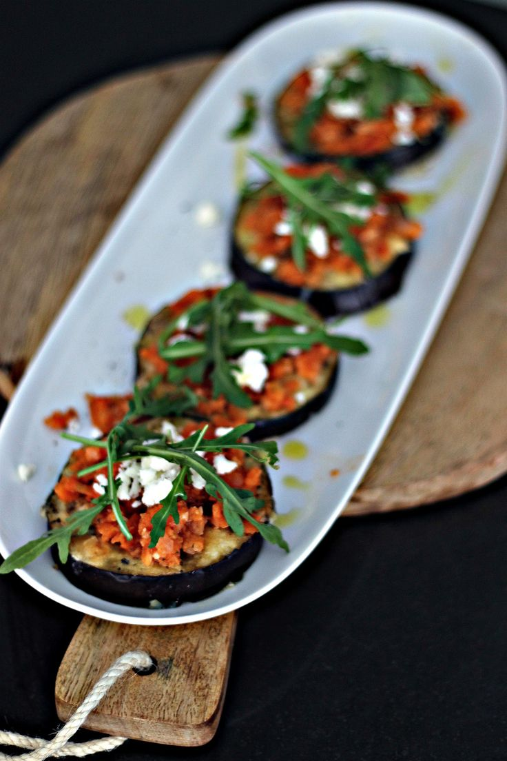 Mini-pizzor på aubergine - Metro Mode