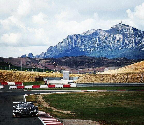 This is Los Arcos racetrack in Navarra Spain. You can see the mountains far away  Un Audi R8 GT3 de la Blancpain FIA GT Series en el circuito de los Arcos con las montañas de fondo  #thedrivetastic #drivetastic #spiriteddrive #audi #blancpain #navarra #spain #audir8 #gt3 #audir8gt3 #blancpaingt3 #losarcos #lanscape #racing #gtracing #porsche #ferrari #lamborghini #mclaren #astonmartin #corvette #amg #bmw #audisport