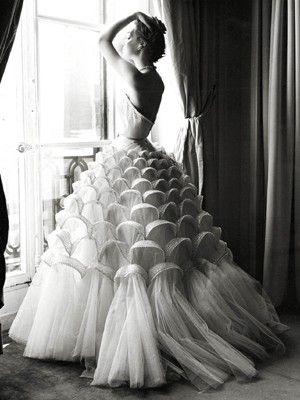 Christian Dior. 1947