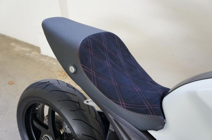 DP Low seat + perforated leather + Alcantara - Ducati Monster Forums: Ducati Monster Motorcycle Forum