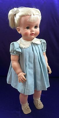 VINTAGE-1961-MADAME-ALEXANDER-CHATTERBOX-24-DOLL-Playpal-Size-Original-Clothing