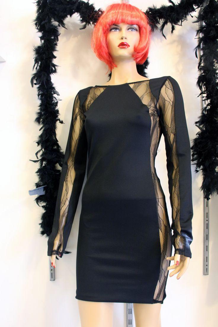 Uzun Kollu Tül Detaylı Dekolteli Elbise