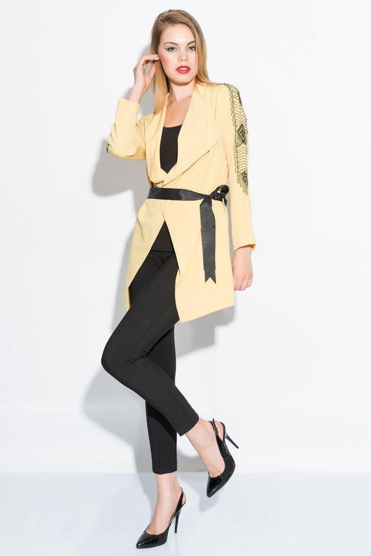 Özgün Tasarım Ceketlerle Tarzınıza Farklı Bir Boyut Kat http://goo.gl/LsKAUm