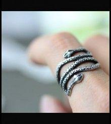 Δαχτυλίδι φίδι με διπλό κεφάλι