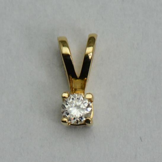 Pandantiv din aur galben cu diamant