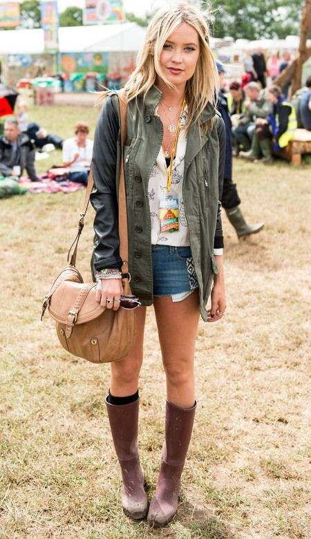 Laura Whitmore's leather and khaki parka jacket : Shop a similar style at: http://www.il2l.com/womens/jackets/il2l-women-s-coated-canvas-multi-pocket-mac-jacket.html Photo: Getty