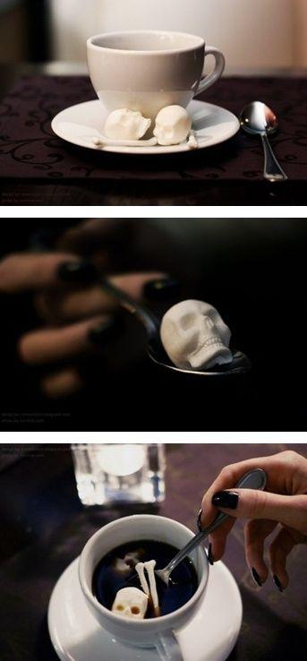 Skull & Cross Bones sugar cubes