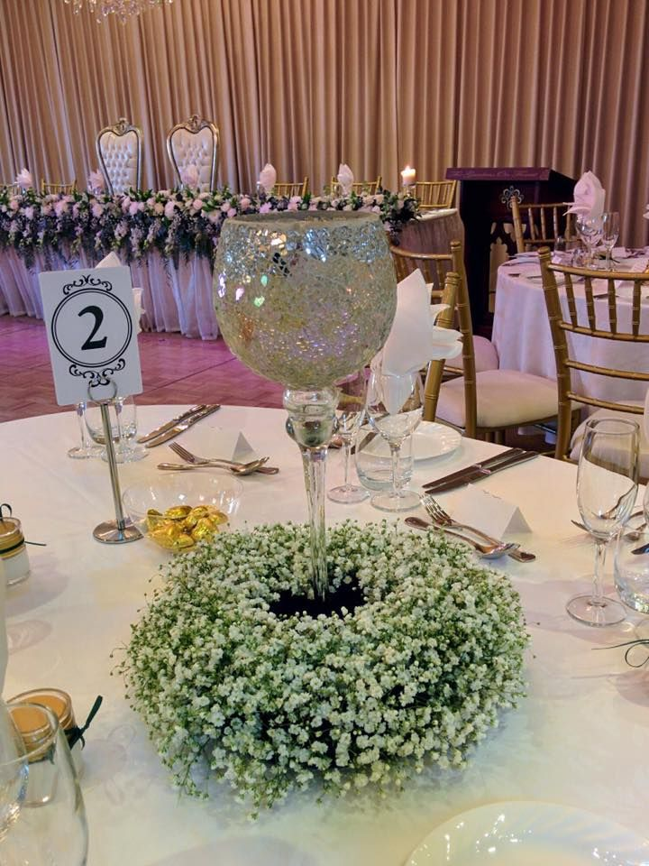 wedding reception centrepiece, babies breath floral wreath created by www.lovelybridalblooms.comau