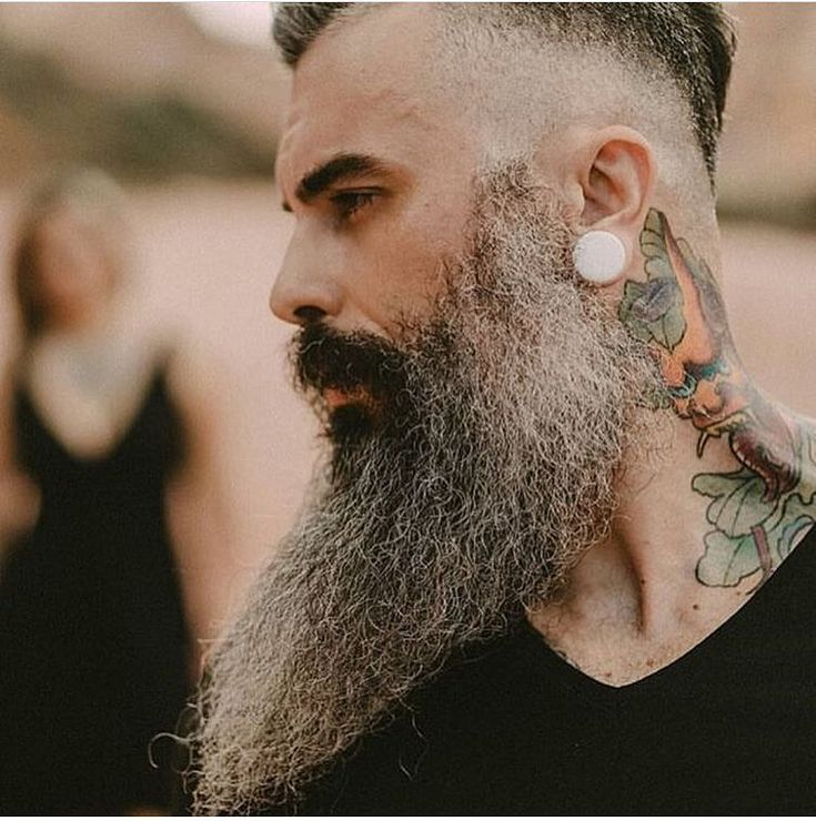 """115 mentions J'aime, 2 commentaires - The Department of Beards (@the_department_of_beards) sur Instagram: """"Check out the link on our Bio @The_Department_of_Beards to pick up your Awesome Beard Shirts,…"""""""