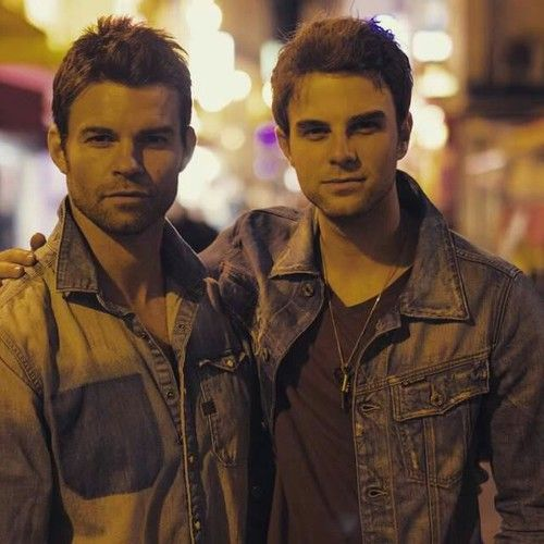Nathaniel Buzolic & Daniel Gillies