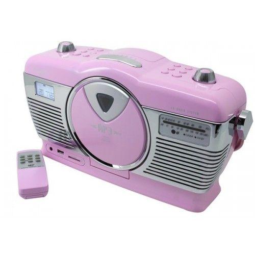 Soundmaster RCD1350 retro radio met CD speler en USB/SD aansluiting roze  Soundmaster RCD1350 retro radio met CD speler en USB/SD aansluiting roze  Deze roze retro radio/CD-speler van Soundmaster is een opvallende verschijning. Niet alleenin huis maar zeker ook daar buiten. Met de RCD1350PI maakt uw geheid de blits  in het park op de camping of op het strand. Want de RCD1350PI werkt op stroom maar ook op batterijen en beschikt over een afstandsbediening. De radio heeft een FM en AM…
