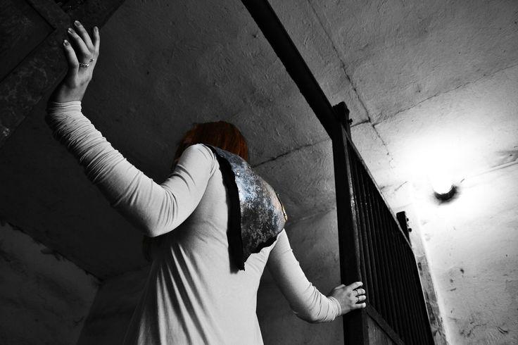 kolekce: Odkaz rodu šperk doplněk šatů z mé kolekce Odkaz rudu video ke kolekcihttps://www.youtube.com/watch?v=x-7I5M-0-z4