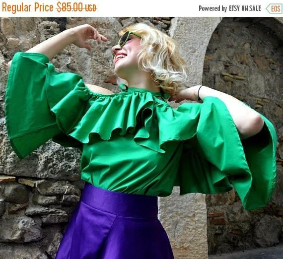 SALE 20% OFF Green Cotton-Poplin Peplum Top TT118 Cropped https://www.etsy.com/listing/523982605/sale-20-off-green-cotton-poplin-peplum?utm_campaign=crowdfire&utm_content=crowdfire&utm_medium=social&utm_source=pinterest