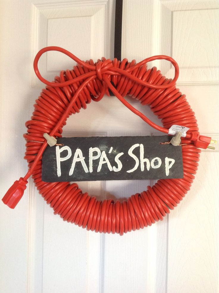 Wreath for an electrician