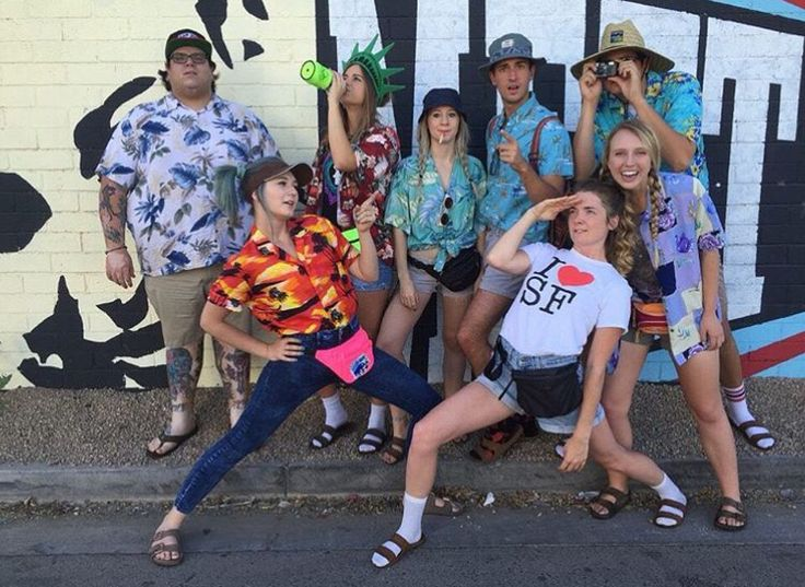 tacky tourist costume idea