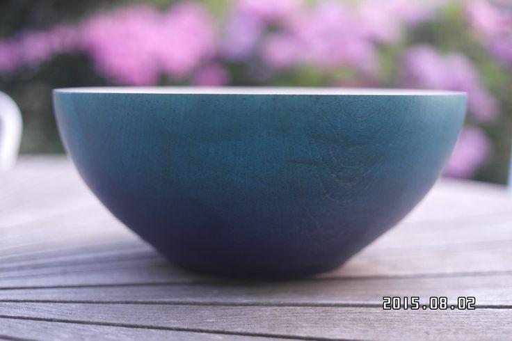 Blå skål i Ahorn