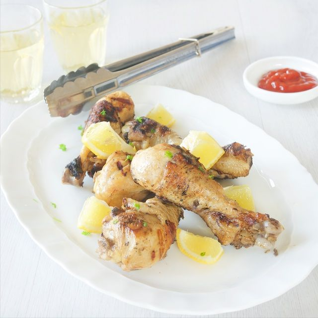 Drumsticks with lemon - A skinny and healthy recipe for drumsticks with lemon. Made with a grill or bbq. Full of flavor