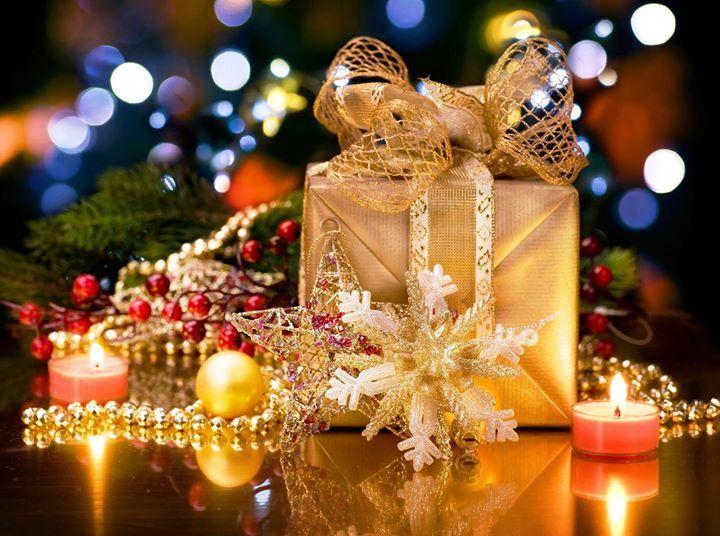 Crăciun fericit alături de cei dragi! Crăciun cât mai luminos vis de iarnă călduros liniște lângă cei dragi!  Cu drag echipa NuovaIdea.