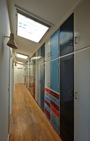 Salão Box com clarabóias e pintura originais.  Os pisos eram originalmente com…