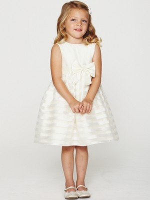 1000  images about Little bridesmaid dresses on Pinterest  White ...