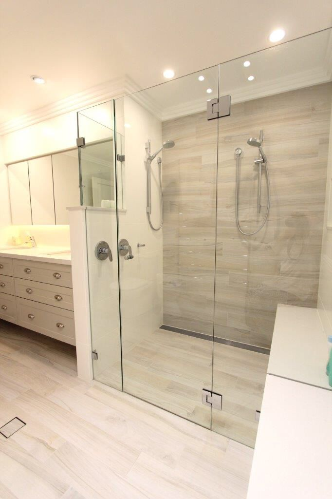St Ives Master Ensuite Double Shower Integrated Bench