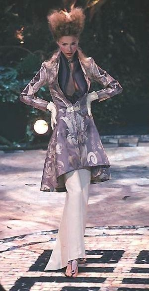 28 best images about mcqueen for givenchy on pinterest for Mac alexander mcqueen