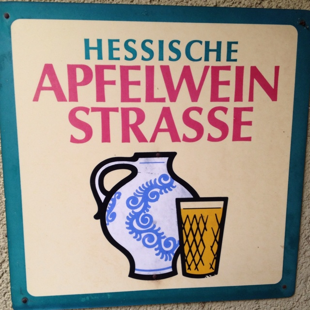 Apfelwein | A traditional drink from Frankfurt