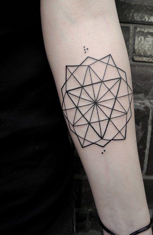 moderne Tattoo Ideen für Männer-heilige Geometriesymbole auf dem Unterarm