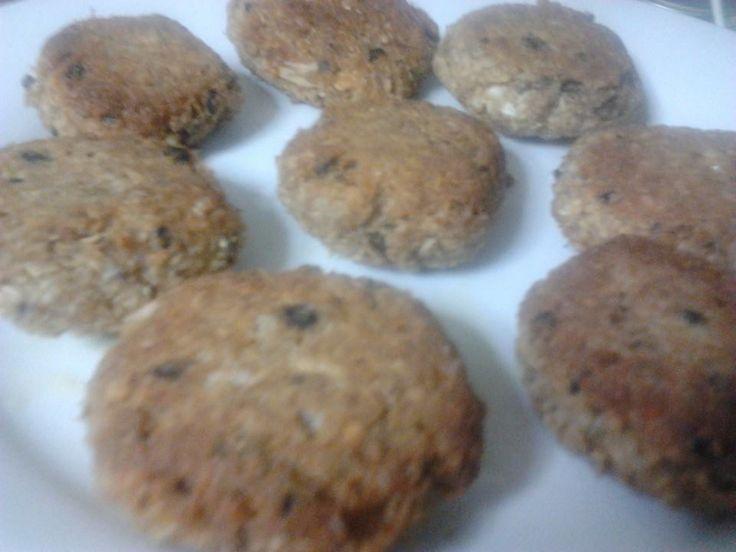 χορτοφαγικές συνταγές: Μπιφτεκάκια ..τα μαυρομάτικα