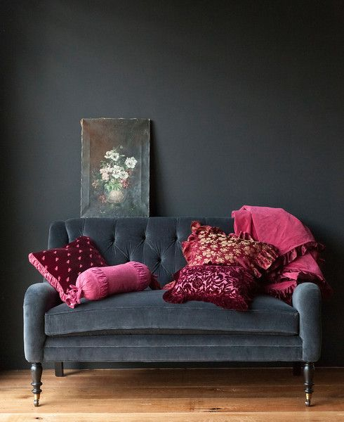 My Study, Velvet, Dark Grey And Pink. Dark Grey Velvet Love Seat Against A  Dark Grey Wall With Pink And Raspberry Accents. Dark Colours For The Wall.