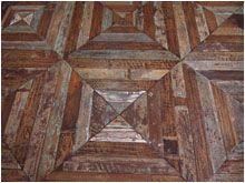 OD:PAL19 - Formelle in teak antico ricavate da assiti dipinti che conservano parte della laccatura originale. MISURE PANNELLI: H. cm 70 x L. cm 70 - spess.cm1,8 PREZZO:207,40 € al mq - compresa I.V.A. 22%