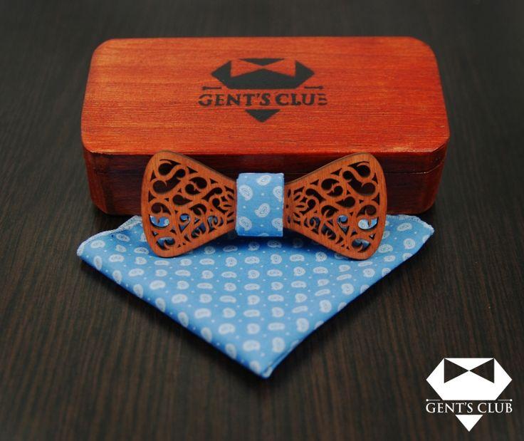 Accessories for gentlemen. Gent's Club brand. Papion si batista set cadou. Bowtie and handkerchief gift set. www.gents-club.ro