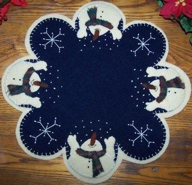 Let it Snow Penny Rug Kit by yogybooboo on Etsy, $36.00