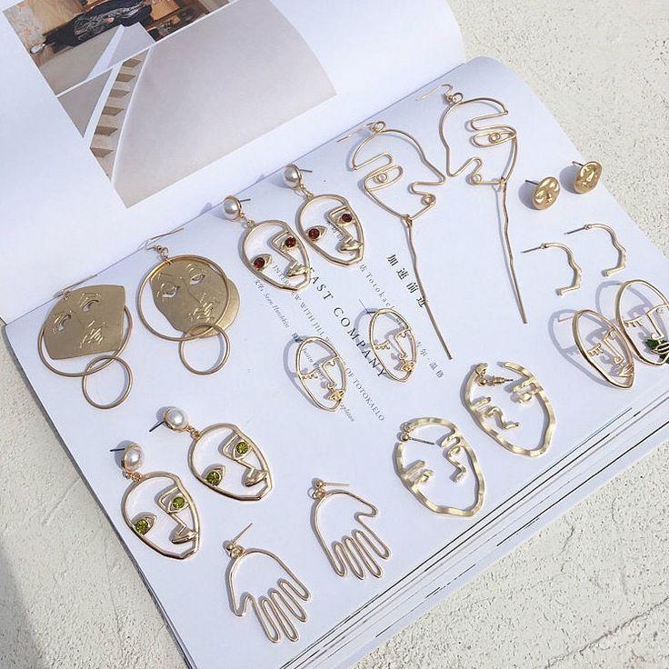 pinterest//: @namalecka http://www.allthingsvogue.com/best-affordable-silver-bangle-bracelets/