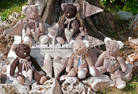 LOVELY BEARS by veronicacountrylife on Etsy, $57.00