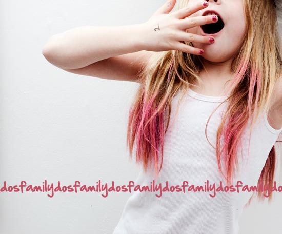 non mi dispiacerebbero le punte dei capelli rosa
